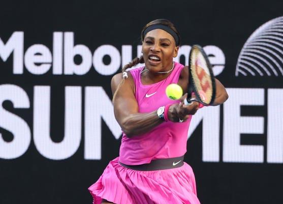 Serena Williams puts rivals on notice