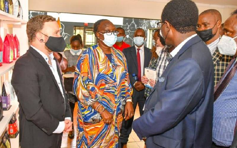 State woos firms to expand special economic zones
