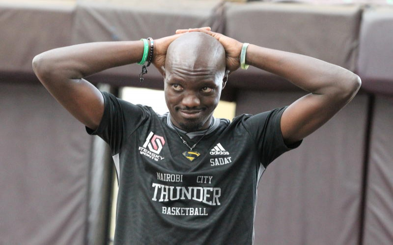 Ulinzi Warriors hold nerve to hit Thunder and draw series 1-1