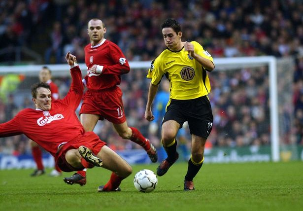 Tributes pour in after former Premier League star dies aged 35