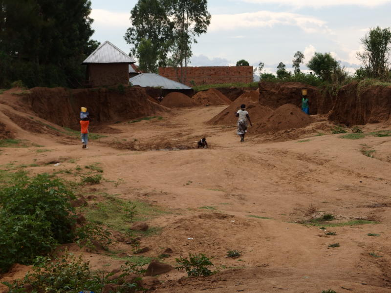 Kobala sand harvesters do deep excavations leaving houses hanging and even electric poles with live wires hang dangerously. (Photo: Denish Ochieng)