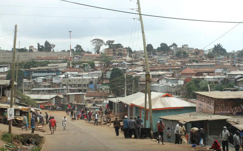 CS says ministry to upgrade 408km of road in city slums