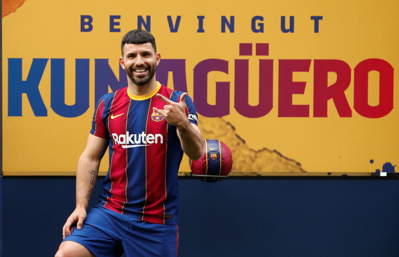 Sergio Aguero sends powerful message to Chelsea after joining Barcelona : The standard Sports