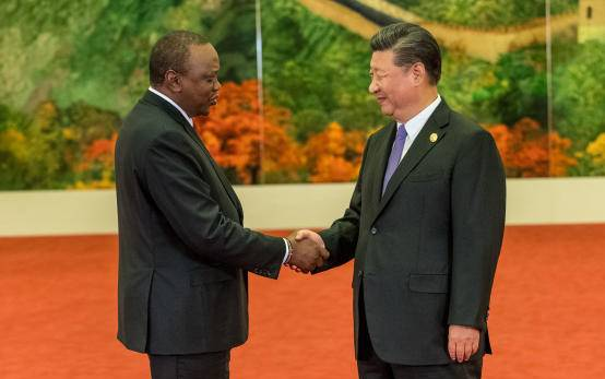 Handshake of equals for win-win cooperation