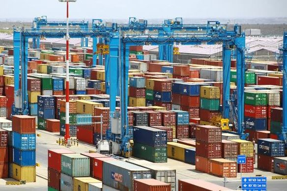 Importers protest high storage costs