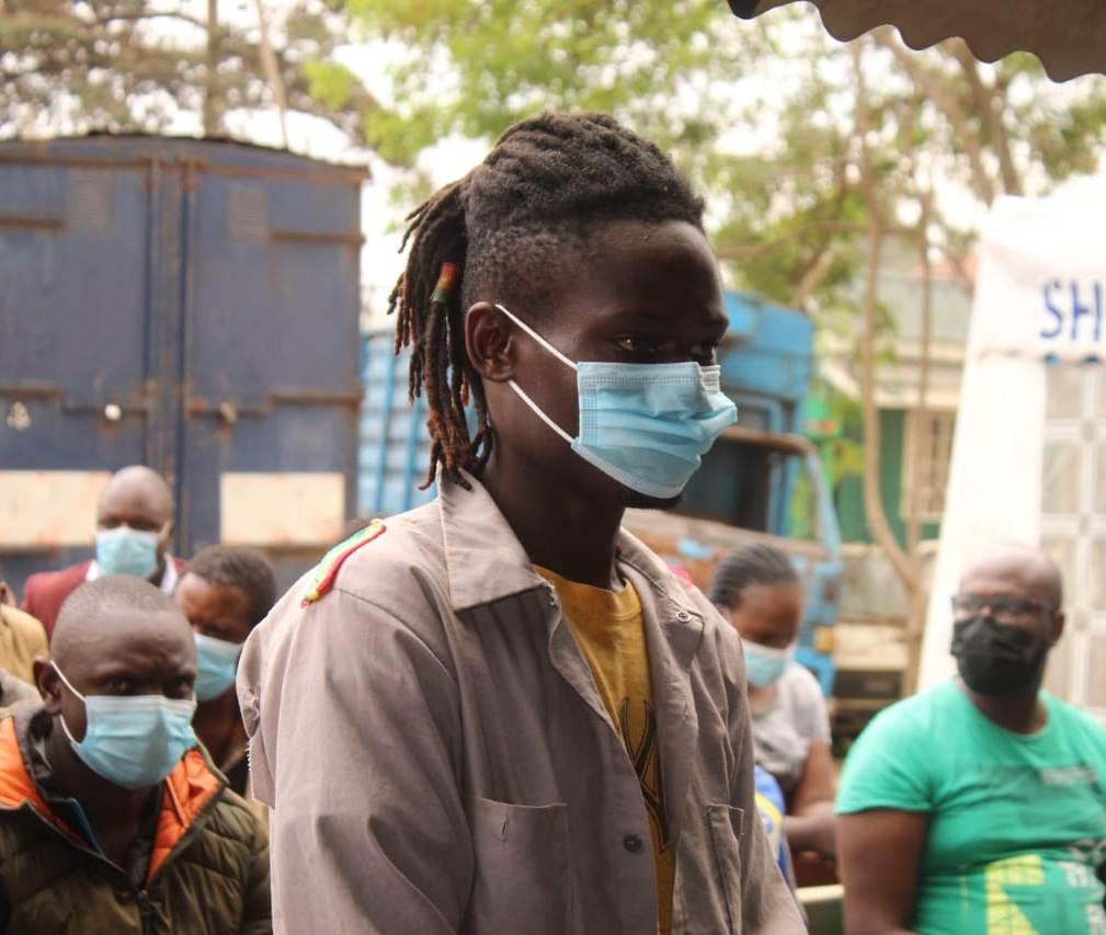 Kibera man hacks father with machete