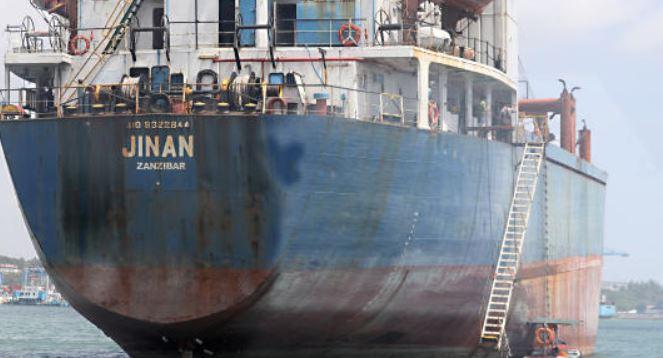 KMA makes food donation to stranded Syrian seafarers at Mombasa Port