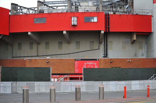 Man United erect 10-foot steel fence around Old Trafford in fear of more protests