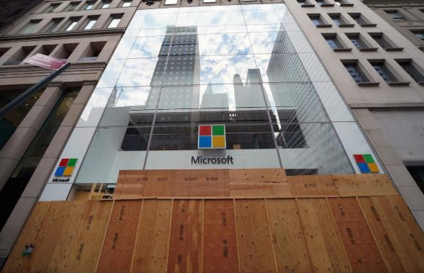 Microsoft trims jobs as it enters new fiscal year