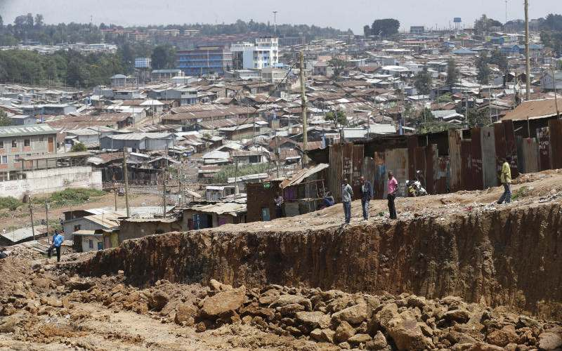 Parallel economy: Illegal vendors make millions as residents dance with death