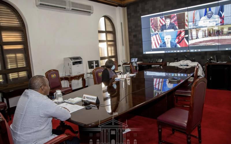 President Uhuru hold bilateral talks with US Secretary of State