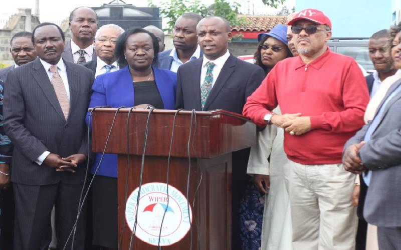 Rebellion hits Wiper over Kalonzo pact with Uhuru