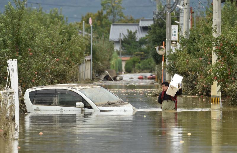 Weather: Kenyans worried over typhoon