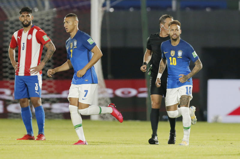 Brazil score early and late to defeat Paraguay 2-0 : The standard Sports