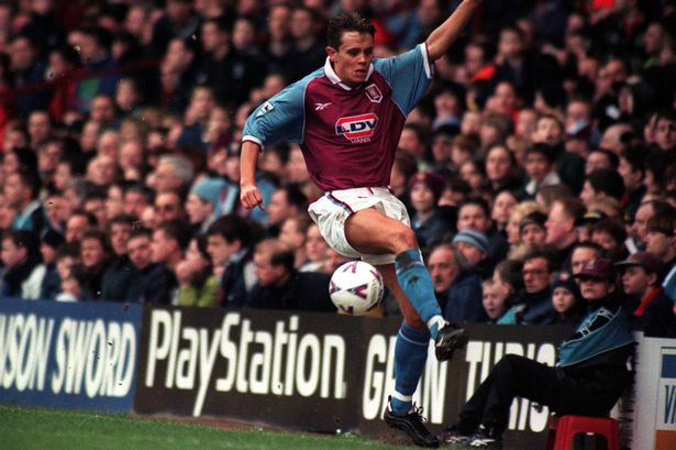 Former Premier League star Lee Hendrie tried to kill himself 'five or six times'