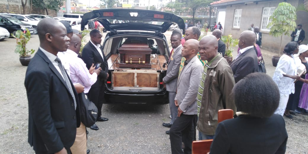 Friends and family receiving the body of Joe Kadenge at Friends International Church, Nairobi (Photo: Ernest Ndunda)
