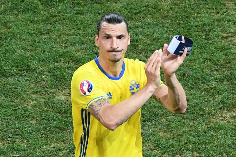 Ibrahimovic defiantly trying to force way into Sweden's Euro 2020 squad