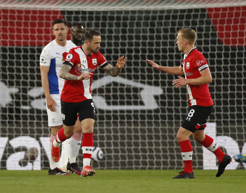 Ings strikes twice as Southampton beat Palace