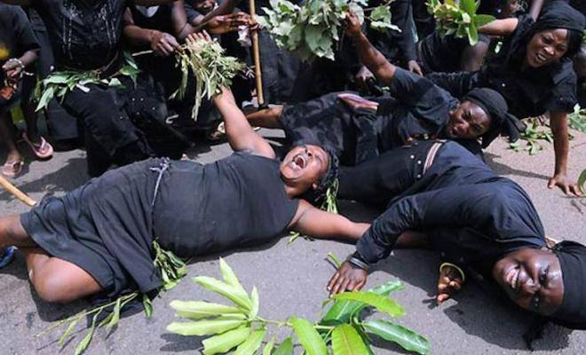 What's Lunje funeral without proper dancing and mad feasting?