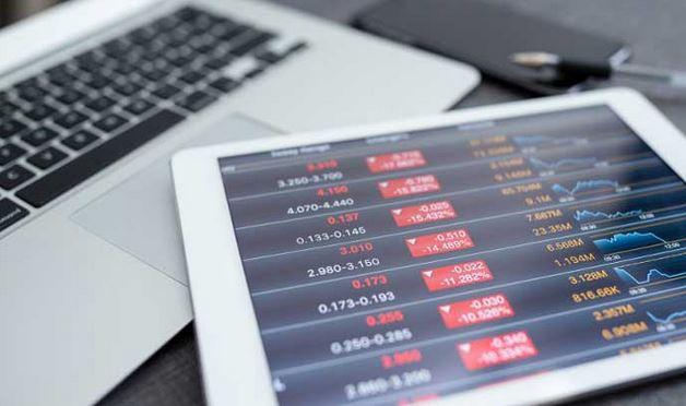 Market regulator calms investors over money manager