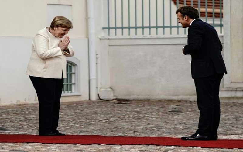 Merkel kicks off EU presidency with Brexit warning