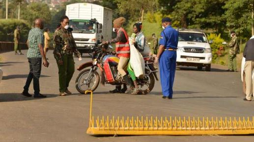 Police road block removed over mistreatment claims