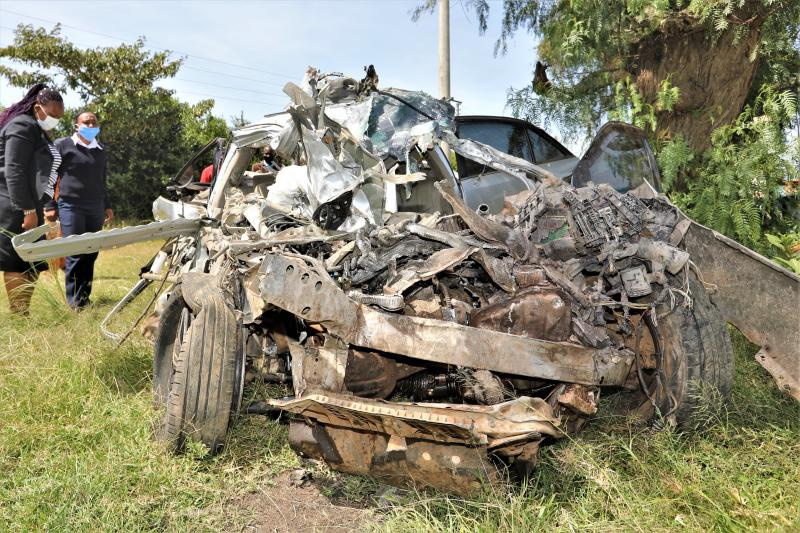 The mangled wreck of a saloon car in which five people died at Naro-Moru area along Nyeri-Nanyuki highway (Photo: Mose Sammy)