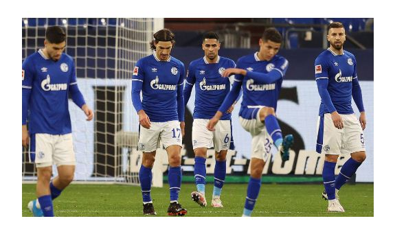 Schalke 04 relegated after 30 years in Bundesliga