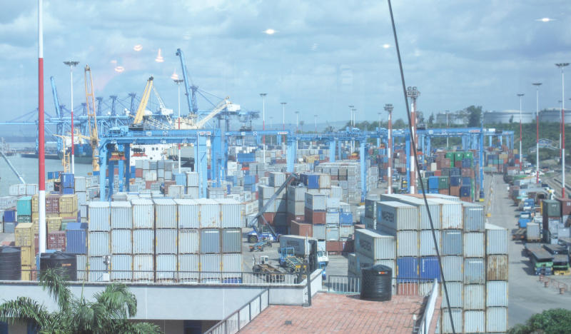 SRC rejects port workers' pay rise deal, asks parties to renegotiate