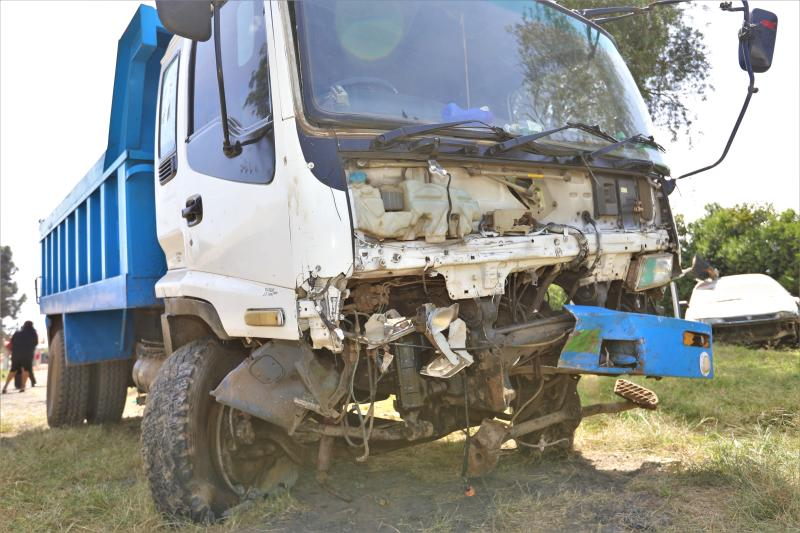 A lorry which was involved in an accident with a saloon car on at Naro-Moru area along Nyeri-Nanyuki highway at blind-spot (Photo: Mose Sammy)