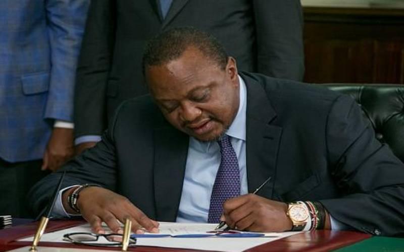 President Uhuru Kenyatta reshuffles cabinet