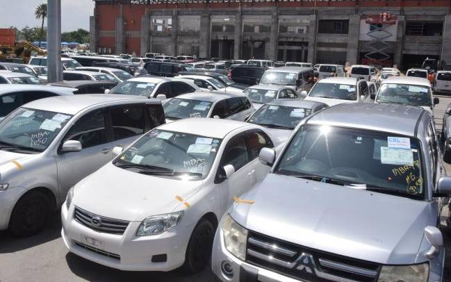 Virus drives vehicle dealers into losses