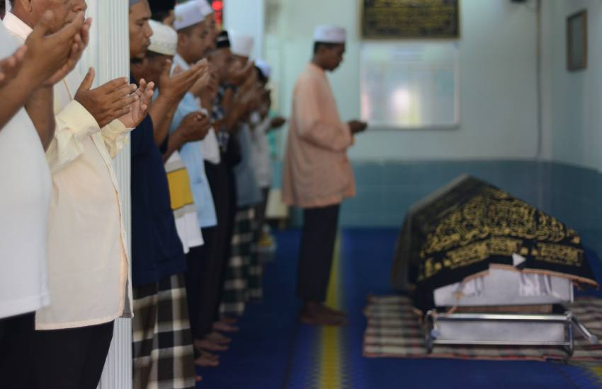 Why there is little fanfare with Muslim funerals