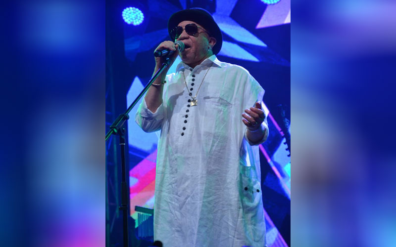 Malawi artist Salif Keita performing at Koroga Fes