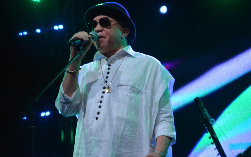 Malawi artist Salif Keita performing at the Koroga