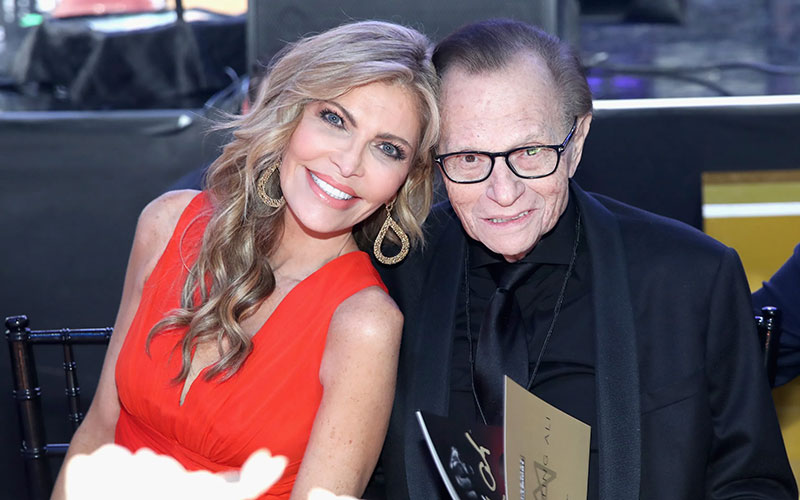 Larry King's estranged wife says he died of sepsis after beating Covid