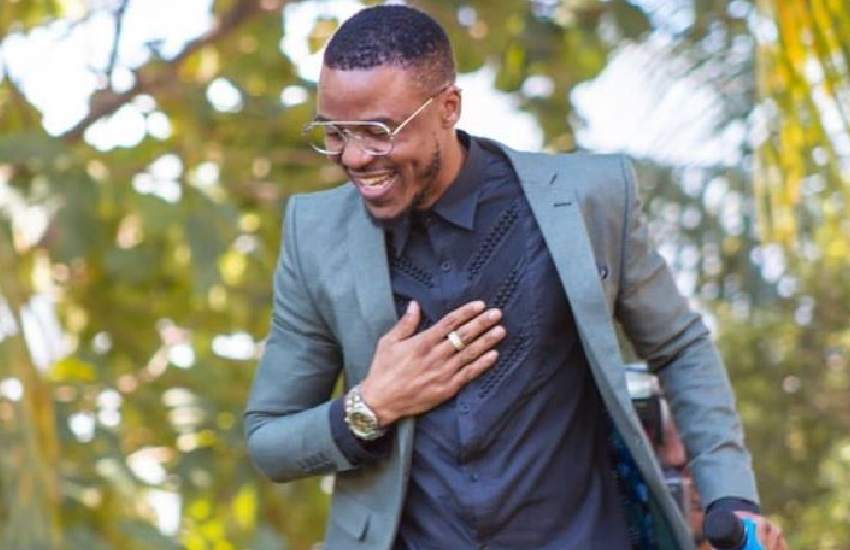 'Mediocre' did not take a dig at anyone, says singer Ali Kiba