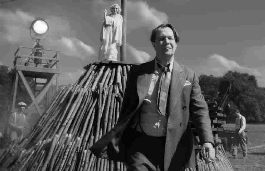 Netflix film 'Mank' dives into 'Citizen Kane' screenwriter controversy