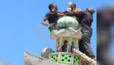 Nyeri man scales mosque in suicide bid