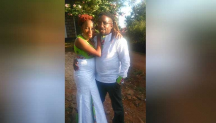 Smitta and lover hosted to traditional wedding