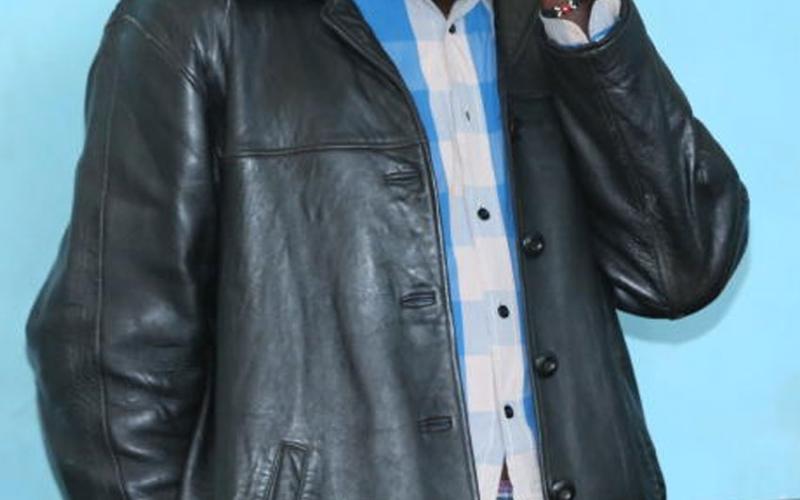 Policeman arrested in Nyaribari selling chang'aa, bhang