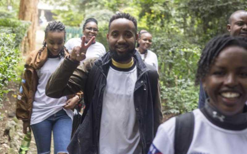Team Orange snaking through the Nairobi Arboretum