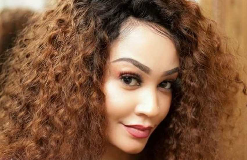 We are not back together, says Zari as she lands in Tanzania with Diamond's two children