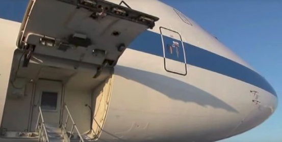 Inside The Doomsday Plane That Follows Donald Trump Around In