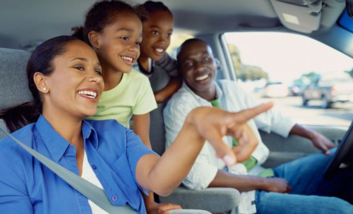 10 helpful tips for parents planning road trips with toddlers