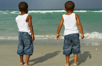 Blessing or curse? Communities that celebrate or kill twins