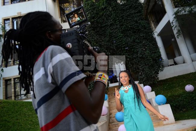 Behind The Scenes: Amani - Kizunguzungu