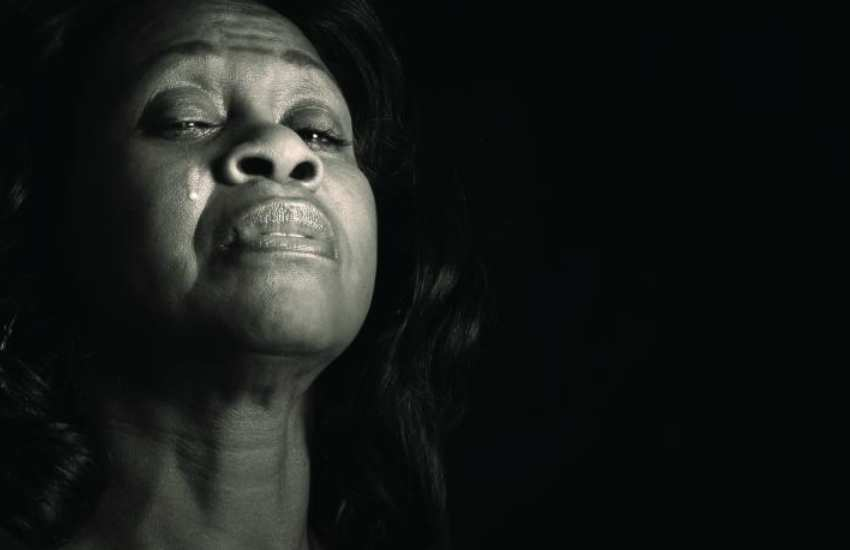 Woman narrates to court how her mother brutally killed her father