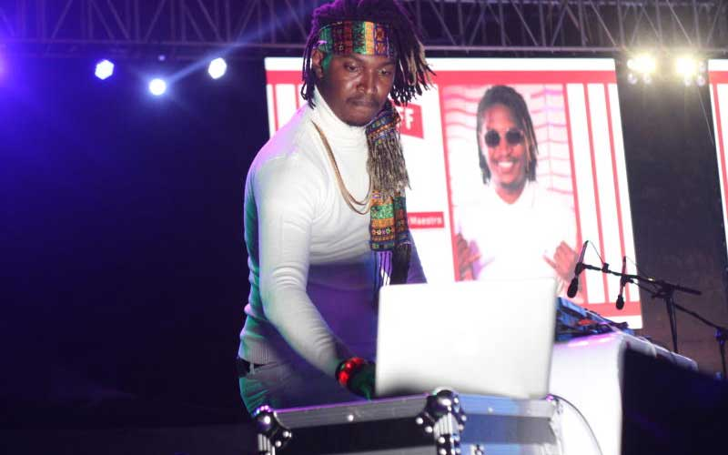 Dj Maestro during the Smirnoff Battle of the Beats