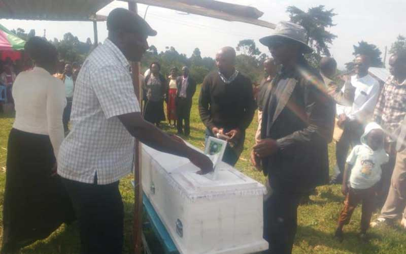 14-year-old pupil who hang self after period shame at school buried